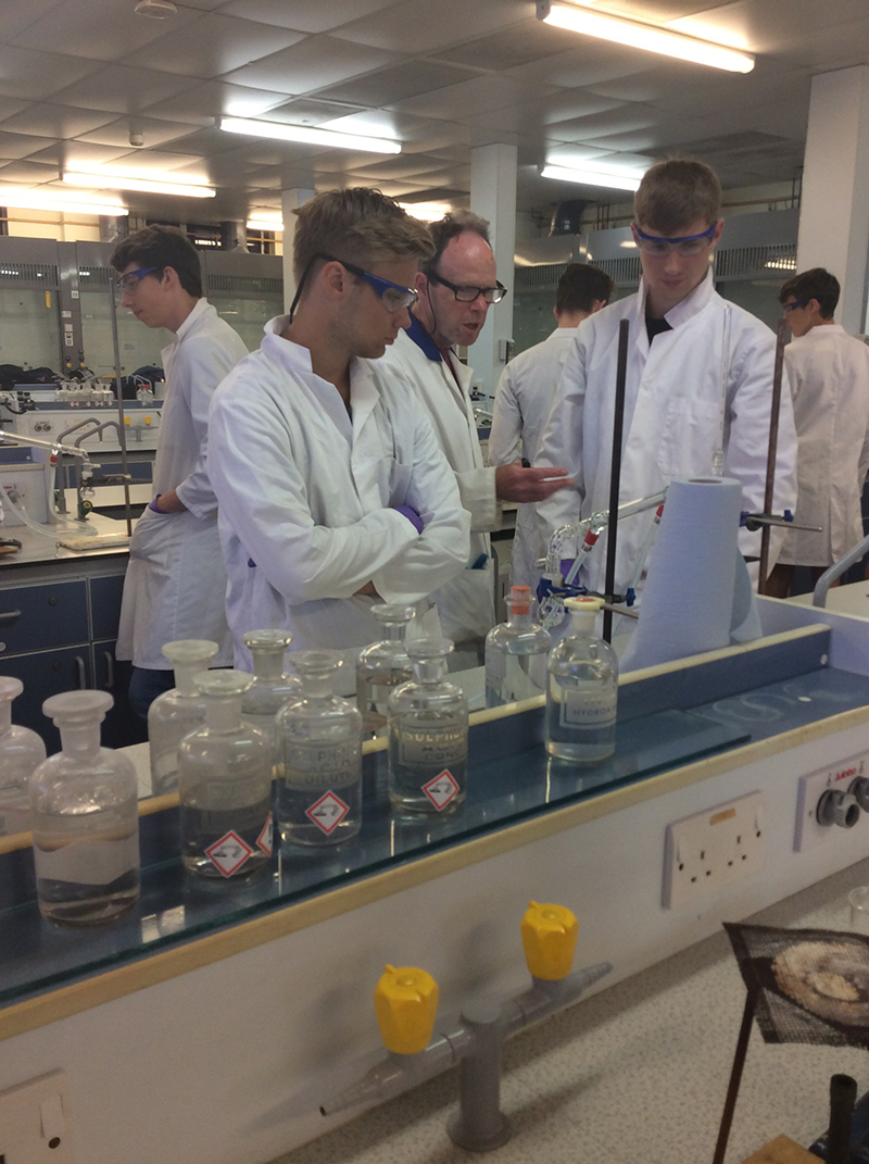 Year 12 Chemistry visit to the University of Hull
